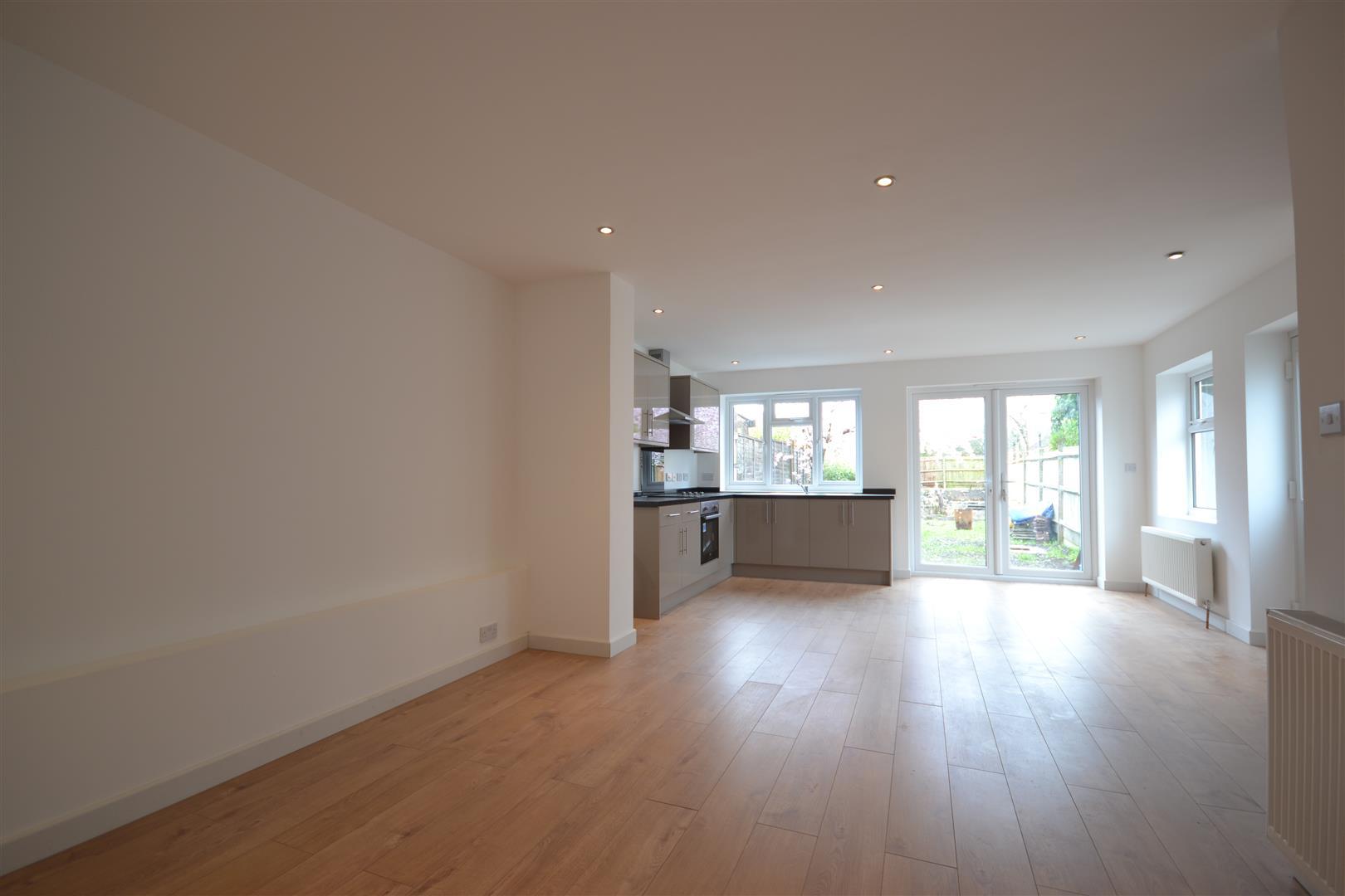 Kitchen Diner Flooring Property For Sale Horton Hill Epsom Cairds Estate Agents